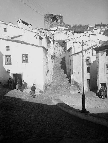 Rua da Fonte [1943]