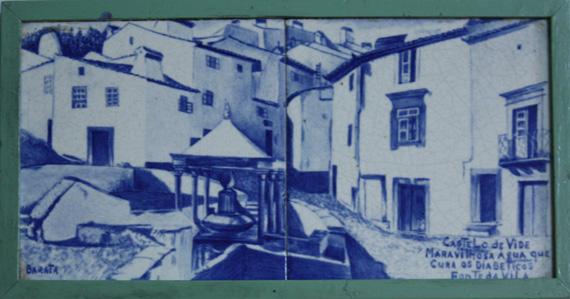 Painel de azulejos com a representação da