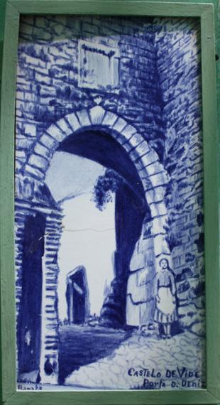 Placa de azulejo representando a